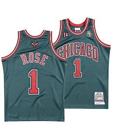 best loved e519f 716bd Chicago Bulls NBA Shop: Jerseys, Shirts, Hats, Gear & More ...