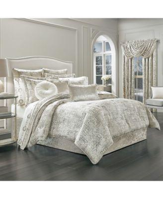 J. Queen New York Dream Queen Comforter Set