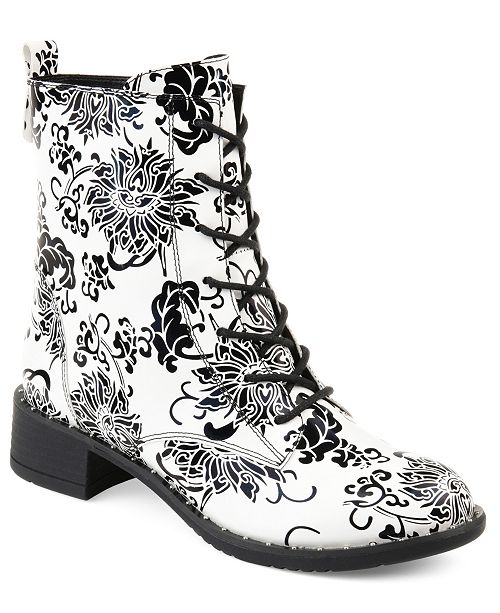 Journee Collection Women's Yvonne Boot
