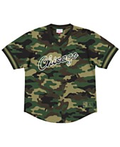 8e2854aa0 Mitchell   Ness Men s Chicago Bulls Camo Mesh V-Neck Jersey Top