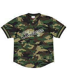 best loved 270bc a3577 Chicago Bulls NBA Shop: Jerseys, Shirts, Hats, Gear & More ...