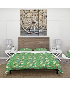Designart 'Tropical Pattern With Flowers and Butterflies' Tropical Duvet Cover Set - Queen