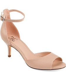 Journee Collection Women's Narelle Pumps