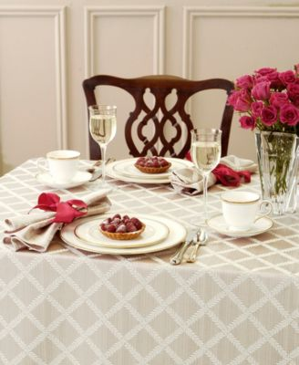 Lenox Laurel Leaf Table Linen Collection & Tablecloths and Table Linens - Macy\u0027s