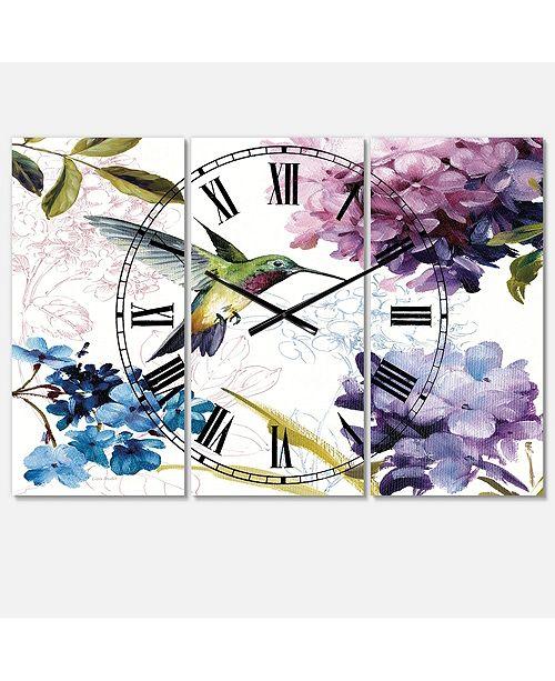 Designart Traditional 3 Panels Metal Wall Clock