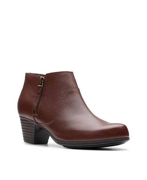 Clarks Collection Women's Valarie2Sofia Leather Booties