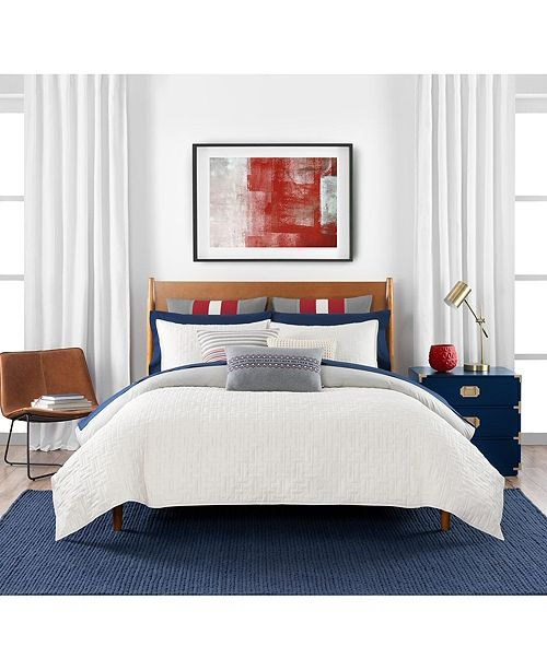 Tommy Hilfiger Quilted Monogram 3 Piece Full/Queen Comforter Set