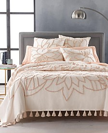 Tufted Floral Full/Queen Bed Cover