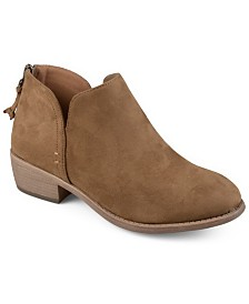 Journee Collection Women's Livvy Bootie