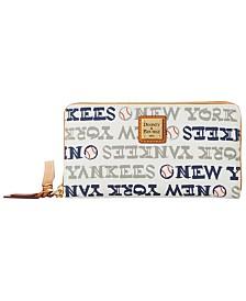 Dooney & Bourke New York Yankees Large Zip Around Wristlet