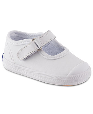 Kids' Keds Shoes Capture the clean and classic magic of an iconic American brand with Keds for kids, toddlers, and babies. As the first original sneaker, Keds as a brand represents the versatility and comfort of a go-everywhere shoe; Stride Rite helps you capture this iconic style magic with a collection of kids Keds in distinctively sweet kid-friendly designs, patterns, and colors.
