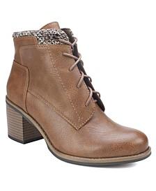 Desmen Ankle Boots