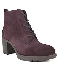White Mountain Gilman Ankle Boots