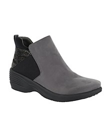 So Lite Utopia Wedge Booties