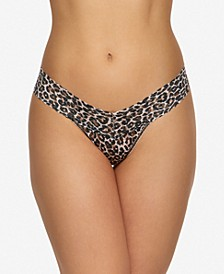 Women's One Size Low-Rise Leopard-Print Thong 2X1584