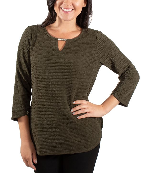 NY Collection Textured Keyhole Top