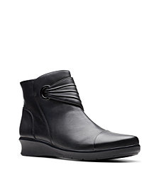 Clarks Collection Women's Hope Twirl Leather Booties