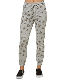 Juniors' Arrela Fleece Camo-Print Jogger Pants