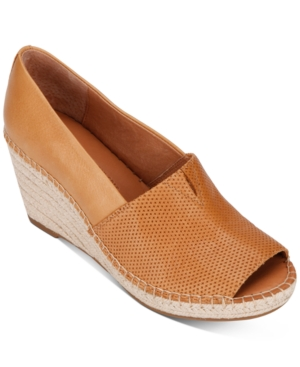 Gentle Souls BY KENNETH COLE WOMEN'S CHARLI A-LINE 2 ESPADRILLE WEDGES WOMEN'S SHOES