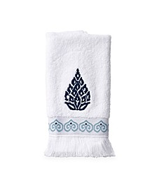 Peri Capri Medallion Fingertip Towel