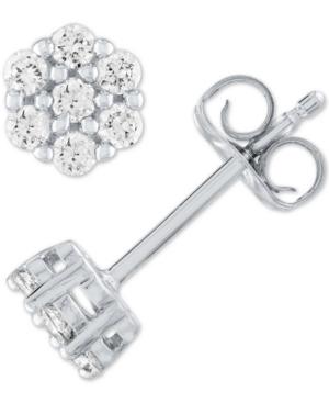 Lab Grown Diamond Cluster Stud Earrings (1/4 ct. t.w.) in Sterling Silver
