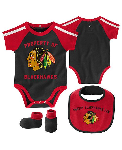 Outerstuff Baby Chicago Blackhawks Hard @ Play Bib & Bootie Set