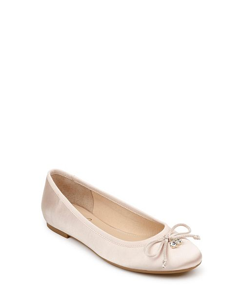 Jewel Badgley Mischka Bryanna Ballet Flats