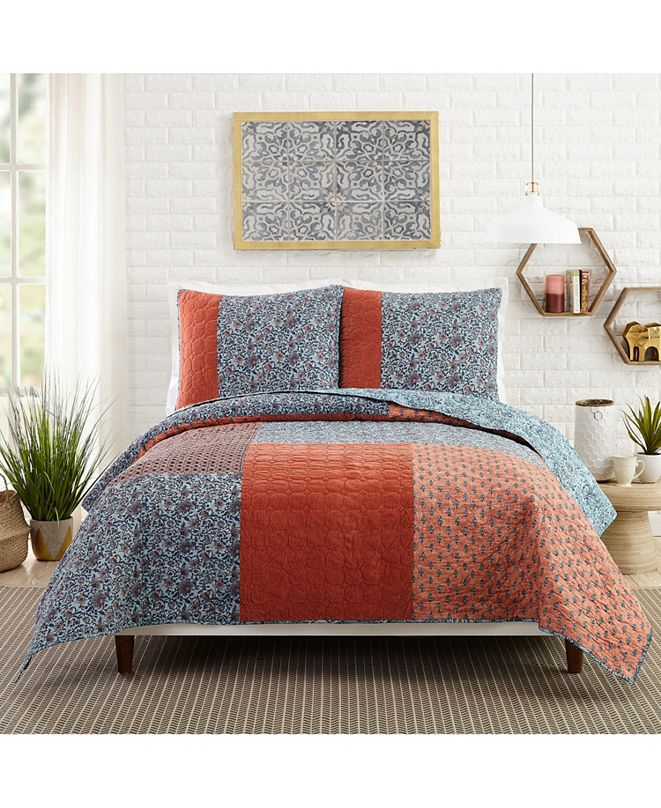 Jessica Simpson Bombay King Quilt