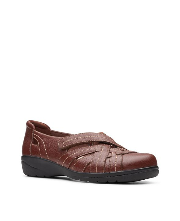 Clarks Collection Women's Cheyn Tulip Flats