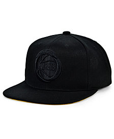 Mitchell & Ness Houston Rockets Under The Black Snapback Cap