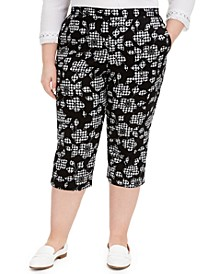 Plus Size Printed Capris