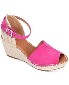 by Kenneth Cole Women's Charli Espadrille Wedge Sandals