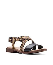 Clarks Collection Women's Declan Spring Sandals