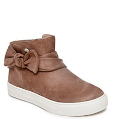 Big Girl Twisted Bow Sneaker