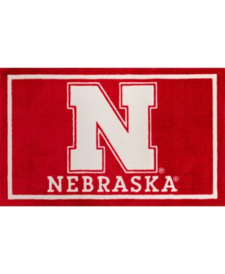 "Nebraska Colnb Red 3'2"" x 5'1"" Area Rug"