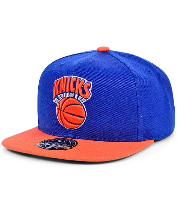 Mitchell & Ness New York Knicks Wool 2 Tone Fitted Cap