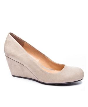 Nima Wedge Heel Pump Women's Shoes