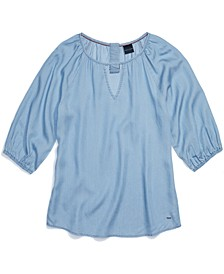 Women's Blouse with Magnetic Closure