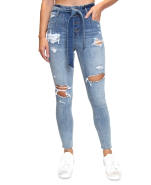 Almost Famous JUNIORS' DESTRUCTED BELTED SKINNY JEANS