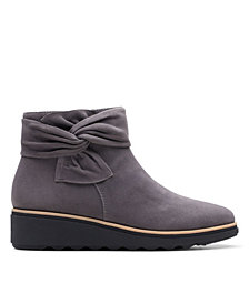 Clarks Collection Women's Sharon Salon Boots