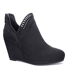 Women's Vicci Wedge Ankle Booties