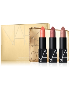 Lipstick for every style? All set. Dress up lips with this limited-edition holiday-themed lip set featuring three full size lipsticks in a gold-tone cosmetic bag.