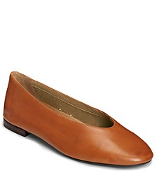 Women's Front Runner Flat Casual