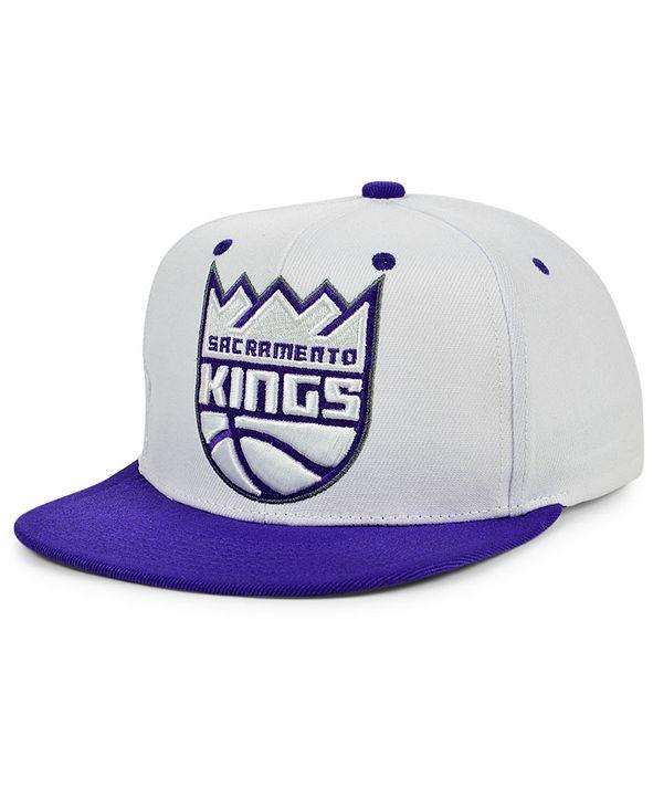 Mitchell & Ness Sacramento Kings XL Logo Pop Snapback Cap