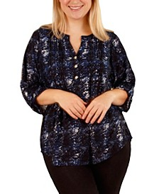 Women's Plus Size 3/4 Sleeve Pleat Front Y-Neck Top