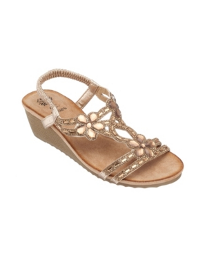 Leal Wedge Sandal Women's Shoes