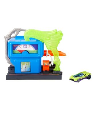 Hot Wheels Downtown Toxic Fuel Stop Play Set