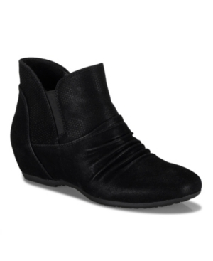 Pixie Wide Ankle Wedge Bootie Women's Shoes