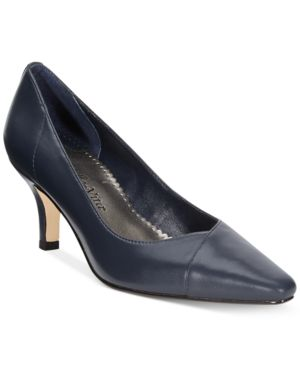 Bella Vita Wow Pumps Women