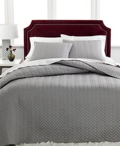 charter club damask collection herringbone pima cotton 3 pc queen quilted bedspread set only at. Black Bedroom Furniture Sets. Home Design Ideas